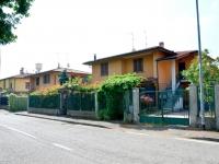 3- Pasturago di Vernate (MI), appartamenti in villa