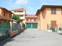 6- Pasturago di Vernate (MI), appartamenti in villa